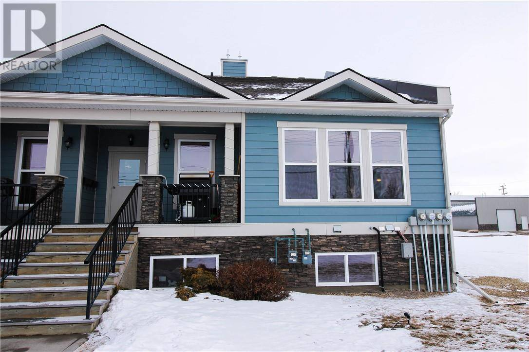 Townhouse for sale at 5015 52 St Unit 4 Camrose Alberta - MLS: ca0191637