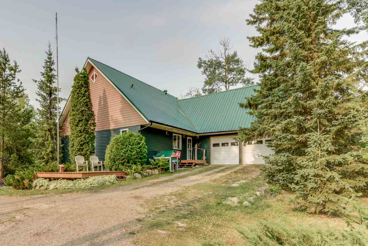 For Sale: 4 50410 Rge Rd 275 Road, Rural Parkland County, AB | 2 Bed, 2 Bath House for $504,900. See 29 photos!