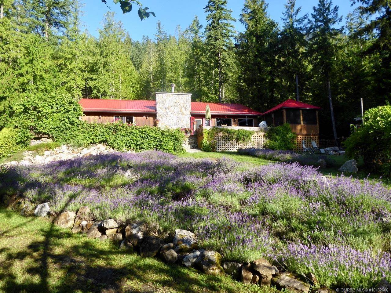 House for sale at 5373 Sunnybrae Canoe Point Rd Unit 4 Tappen British Columbia - MLS: 10182606