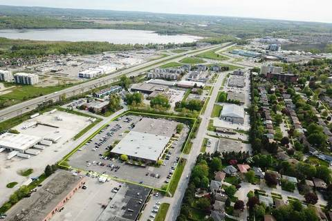 Commercial property for lease at 60 Bell Farm Rd Apartment 4 Barrie Ontario - MLS: S4584017