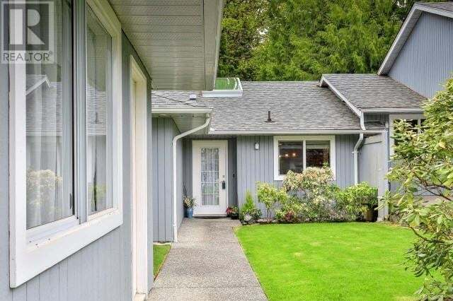 Townhouse for sale at 650 Hoylake W Rd Unit 4 Qualicum Beach British Columbia - MLS: 468255