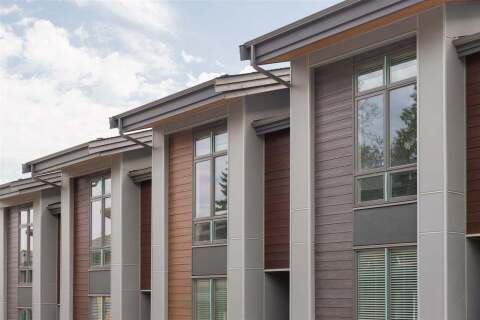Townhouse for sale at 70 Seaview Dr Unit 4 Port Moody British Columbia - MLS: R2492699