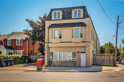 Townhouse for rent at 94 Royal York Rd Unit 4 Toronto Ontario - MLS: W4995982