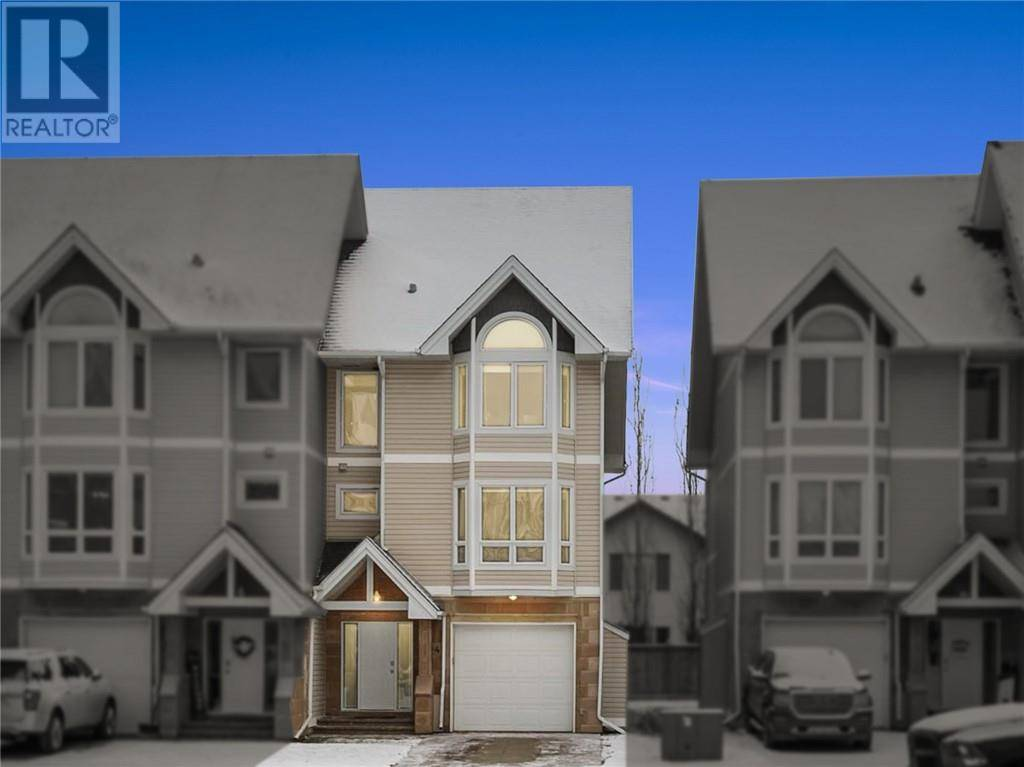 Townhouse for sale at 97 Wilson Dr Unit 4 Fort Mcmurray Alberta - MLS: fm0183616