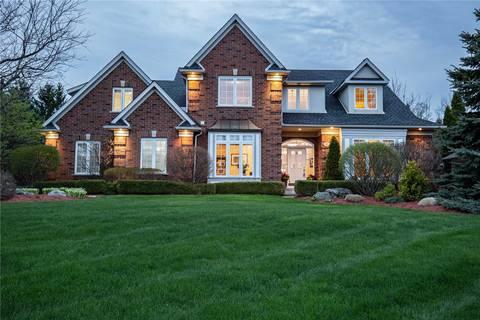 House for sale at 4 Appaloosa Tr Hamilton Ontario - MLS: X4454651