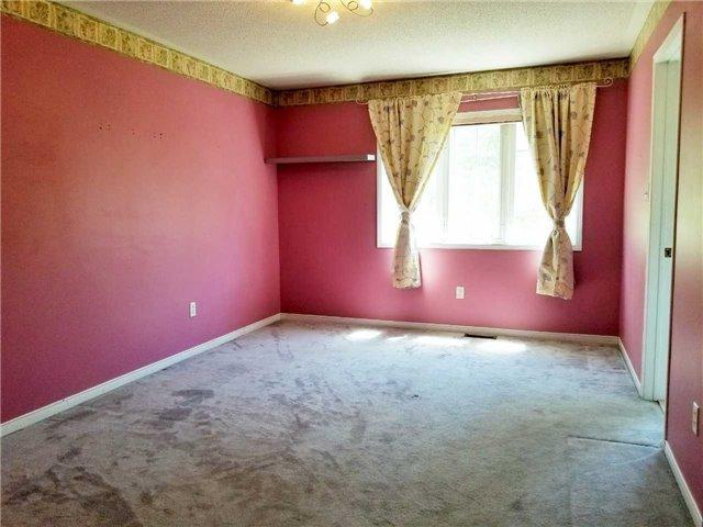 For Sale: 4 Azalea Gateway , Markham, ON | 3 Bed, 4 Bath Townhouse for $889,000. See 18 photos!