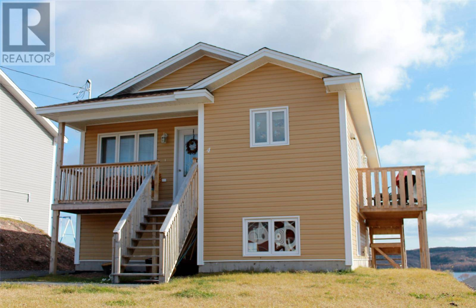 House for sale at 4 Barbour Pl Clarenville Newfoundland - MLS: 1212192