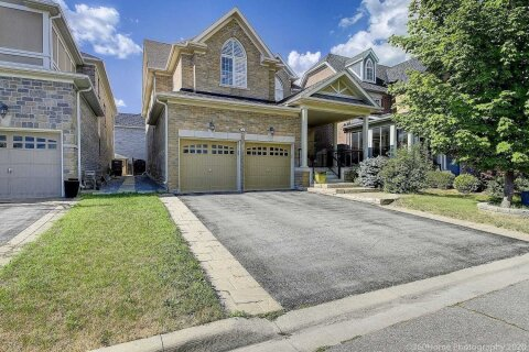 House for rent at 4 Castleglen Blvd Markham Ontario - MLS: N4995008