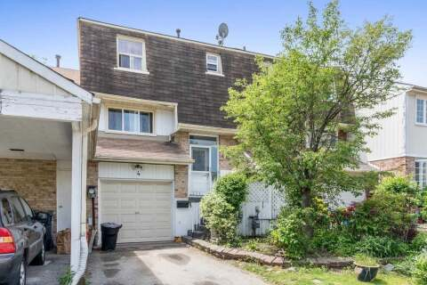 Townhouse for sale at 4 Chambers Ct Brampton Ontario - MLS: W4807491