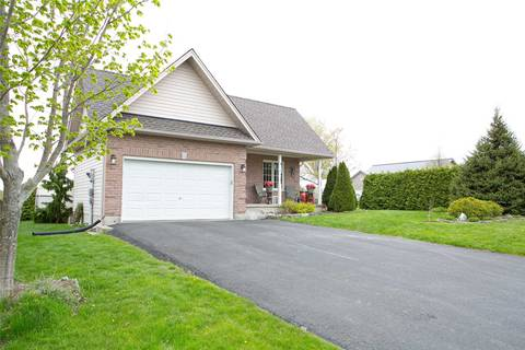 House for sale at 4 Champlain Blvd Kawartha Lakes Ontario - MLS: X4454249