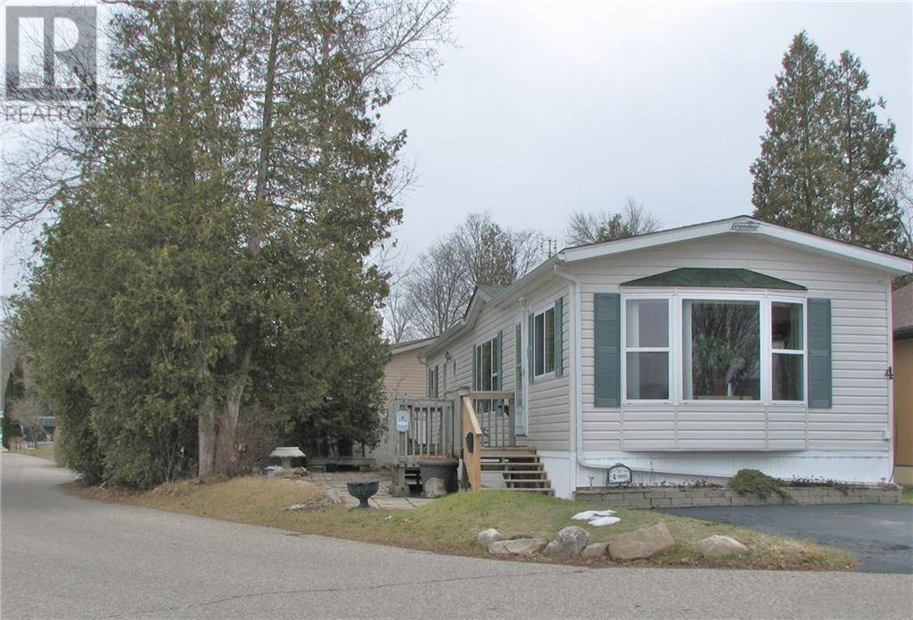 Residential property for sale at 4 Cross Street Pvt St Puslinch Ontario - MLS: 30794503