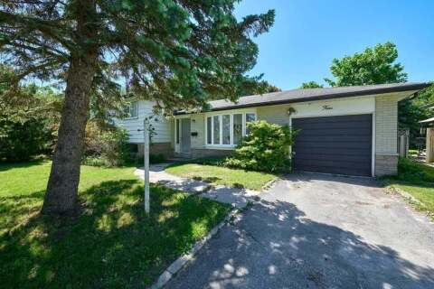 House for sale at 4 Curtiss Ct Barrie Ontario - MLS: S4796784