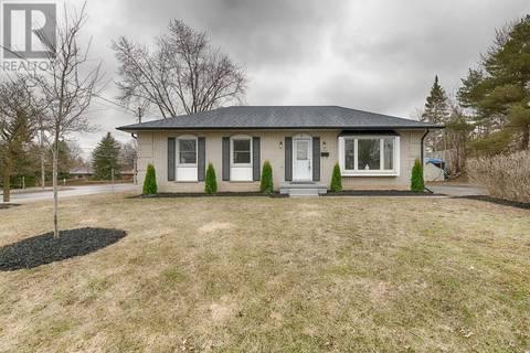 House for sale at 4 Dakota Dr Guelph Ontario - MLS: 30726335