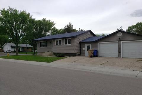 House for sale at 4 Daniels Cres Regina Saskatchewan - MLS: SK777279
