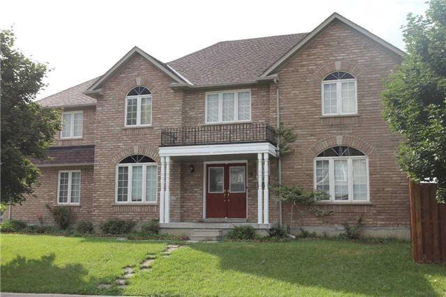 House for sale at 4 Diploma Drive Brampton Ontario - MLS: W4281432