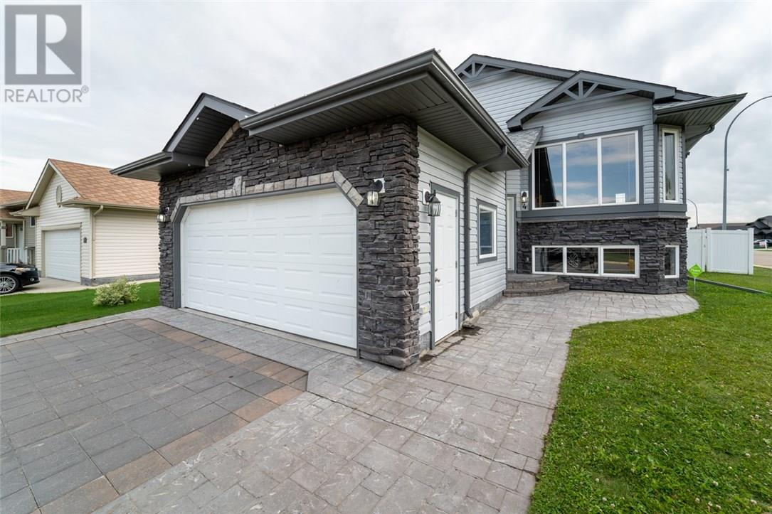Removed: 4 Duncan Street, Penhold, AB - Removed on 2018-10-31 05:27:33