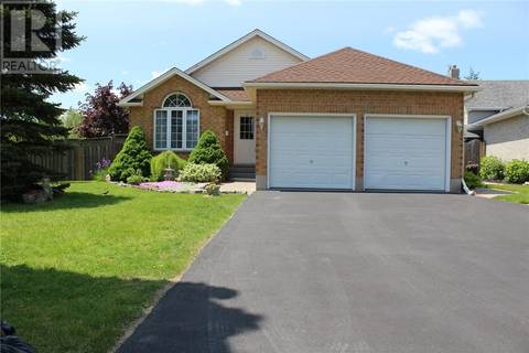 House for sale at 4 Farmstead Pl Cambridge Ontario - MLS: 30740223