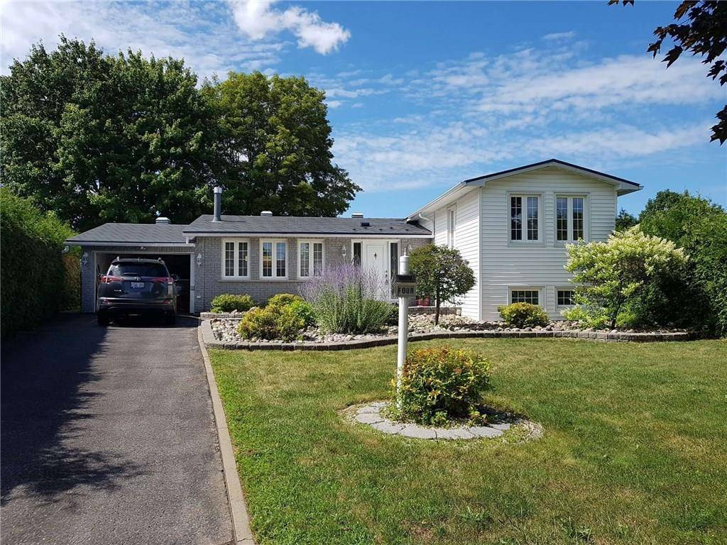 House for sale at 4 Folkstone Ct Ottawa Ontario - MLS: 1164516