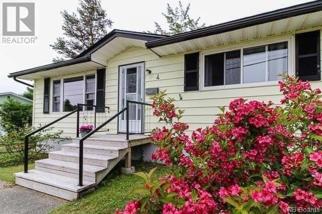 House for sale at 4 Glengarry Dr Saint John New Brunswick - MLS: NB045440