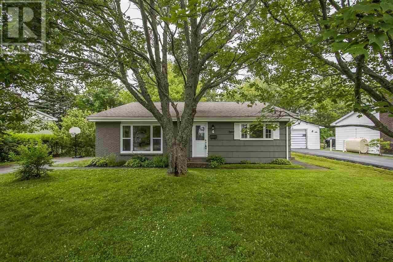 House for sale at 4 Gourok Ave Dartmouth Nova Scotia - MLS: 202012930