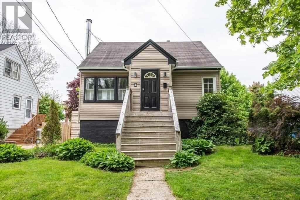 House for sale at 4 Graham St Dartmouth Nova Scotia - MLS: 202009570