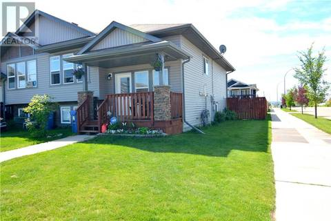 Townhouse for sale at 4 Heron Ct Penhold Alberta - MLS: ca0164814
