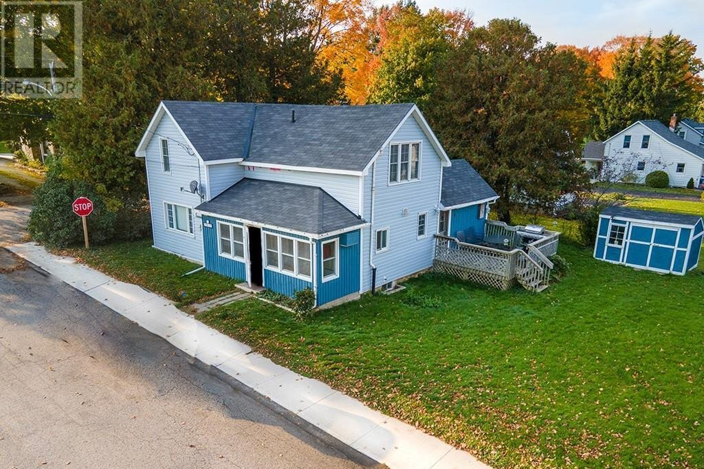House for sale at 4 John St Lions Head Ontario - MLS: 40032754