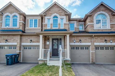 Townhouse for sale at 4 Kempsford Cres Brampton Ontario - MLS: W4520917
