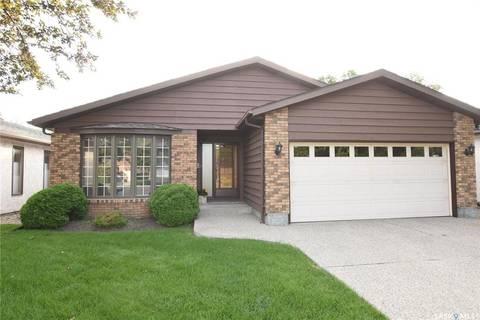 House for sale at 4 Lakeview Pl Regina Saskatchewan - MLS: SK779411