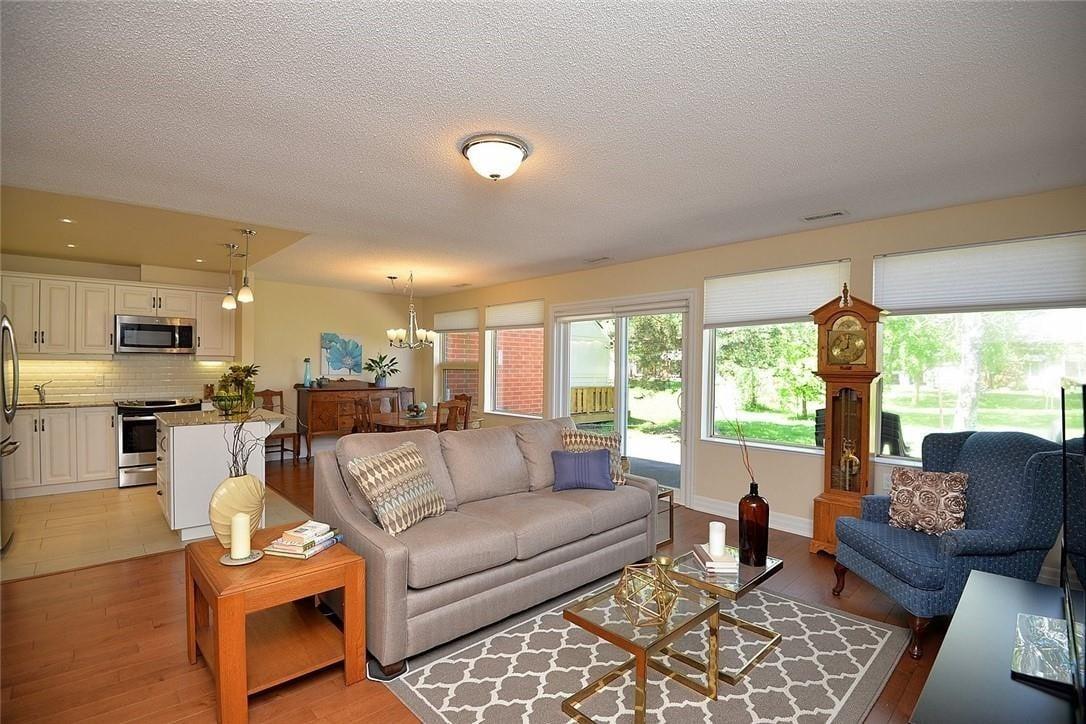 Townhouse for sale at 4 Lieutenant Repei Ln Hamilton Ontario - MLS: H4079369