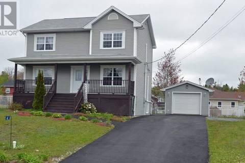 House for sale at 4 Lilian Ct Elmsdale Nova Scotia - MLS: 201905129