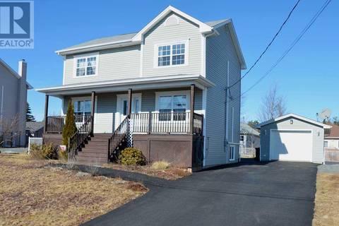 House for sale at 4 Lillian Ct Elmsdale Nova Scotia - MLS: 201905129