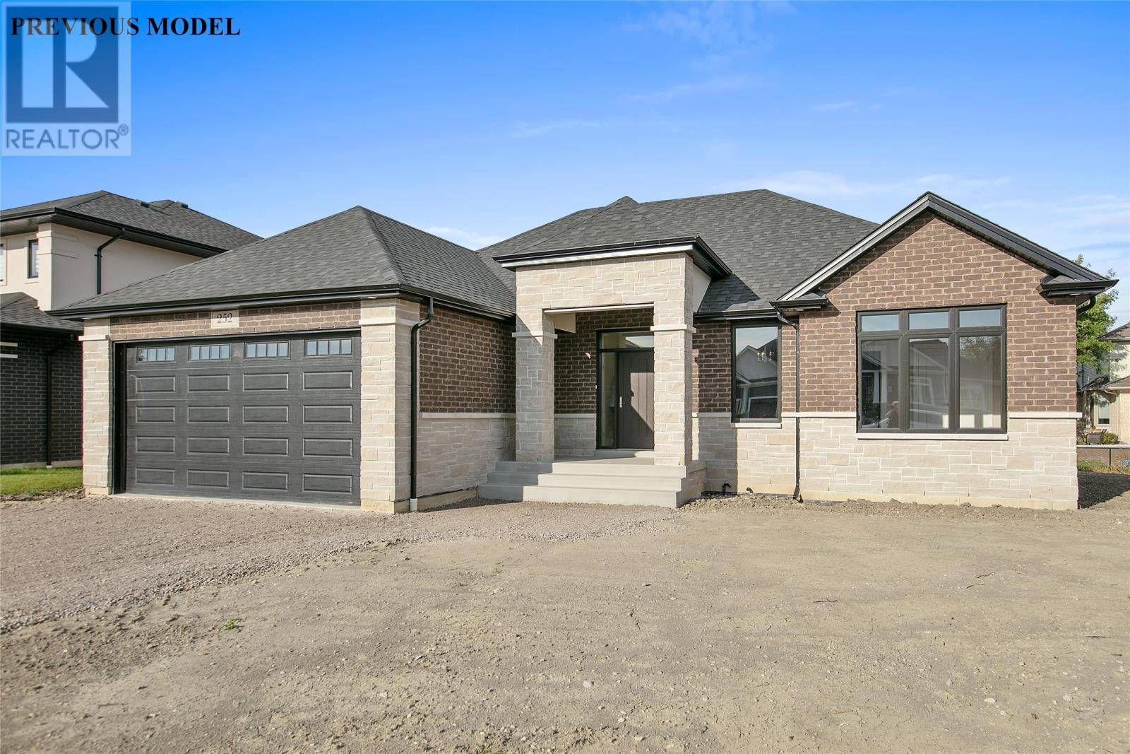 House for sale at 0 Rafih Cres Unit 4 Lakeshore Ontario - MLS: 19026639