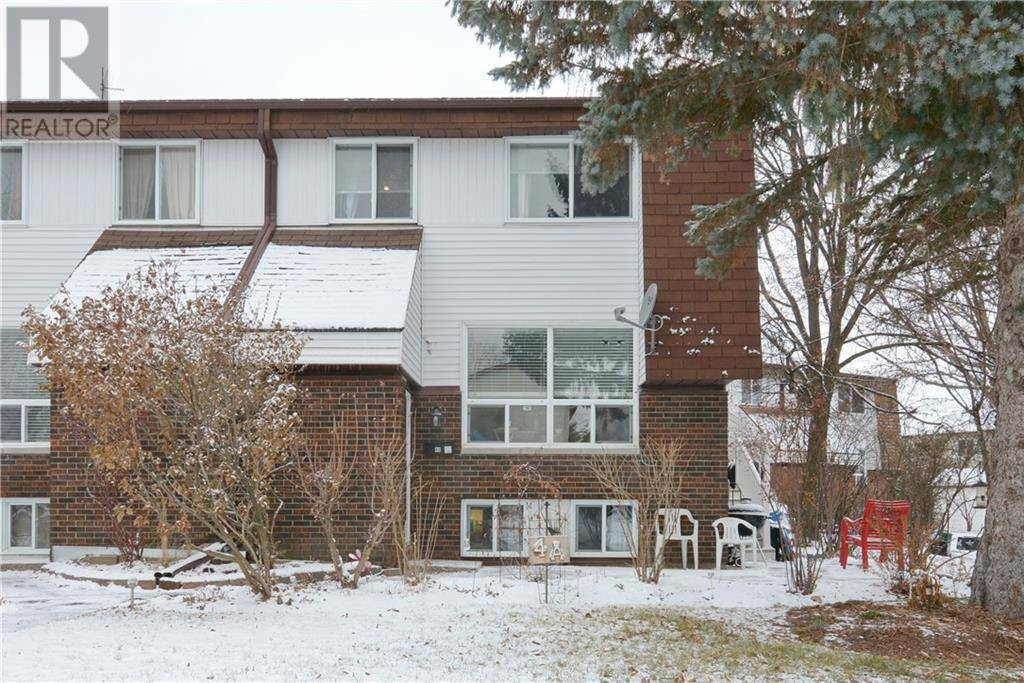 Townhouse for sale at 4 Lovell Ln Ottawa Ontario - MLS: 1176931