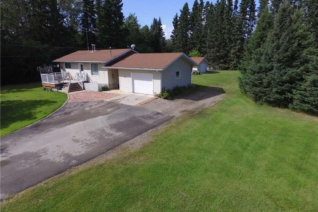 House for sale at 4 Main St Candle Lake Saskatchewan - MLS: SK810045