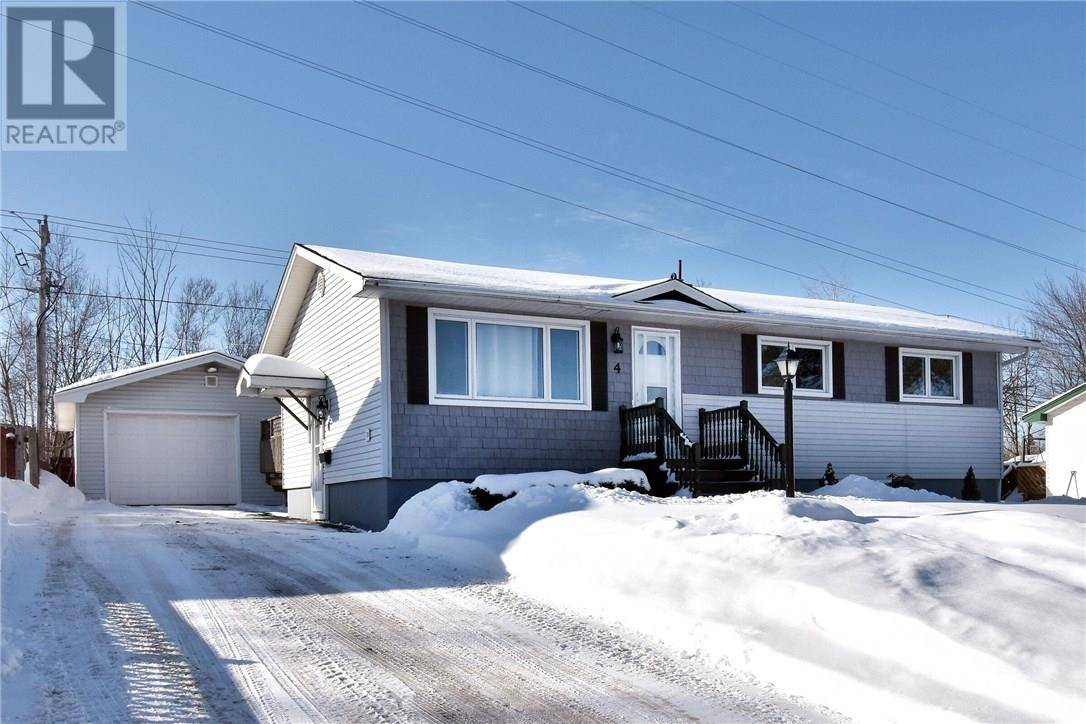 House for sale at 4 Manchester Cres Riverview New Brunswick - MLS: M126996