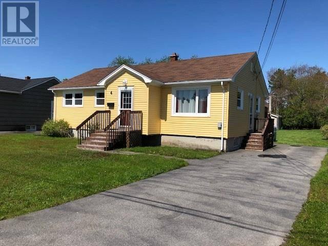 House for sale at 4 Marsha Ave Yarmouth Nova Scotia - MLS: 201907095