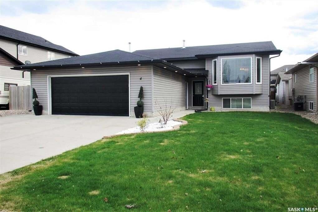 House for sale at 4 Morin Cres Meadow Lake Saskatchewan - MLS: SK809848