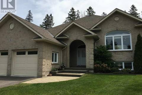 House for sale at 4 Parkdale Dr Sault Ste. Marie Ontario - MLS: SM124300
