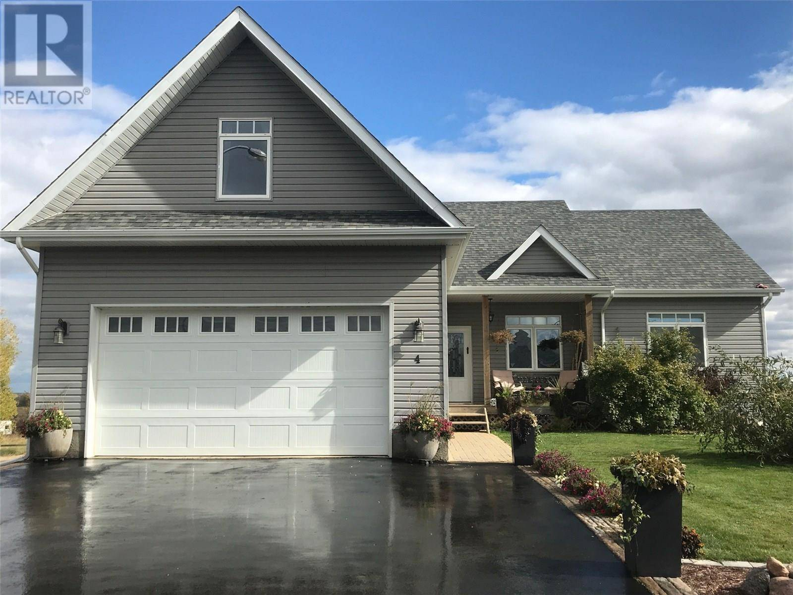 House for sale at 4 Poplar By Birch Hills Saskatchewan - MLS: SK768359