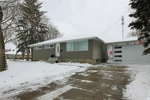 House for sale at 4 Portland Cres Regina Saskatchewan - MLS: SK801325