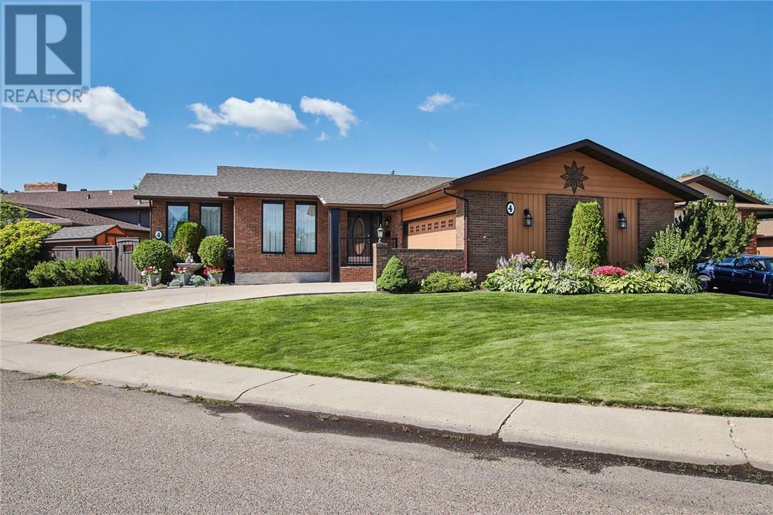 For Sale: 4 Rossland Green Southeast, Medicine Hat, AB | 5 Bed, 3 Bath House for $410,000. See 30 photos!