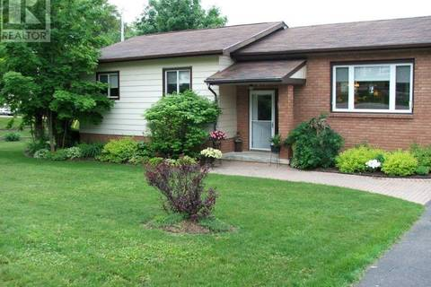 House for sale at 4 Shaw Cres Huntsville Ontario - MLS: 183551