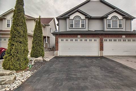 Townhouse for sale at 4 Sophia Cres Kitchener Ontario - MLS: X4424076