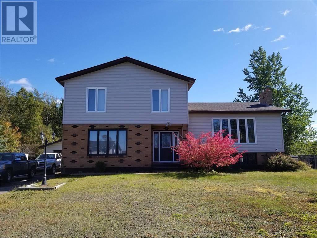 House for sale at 4 Southcott Dr Grand Falls-windsor Newfoundland - MLS: 1206981