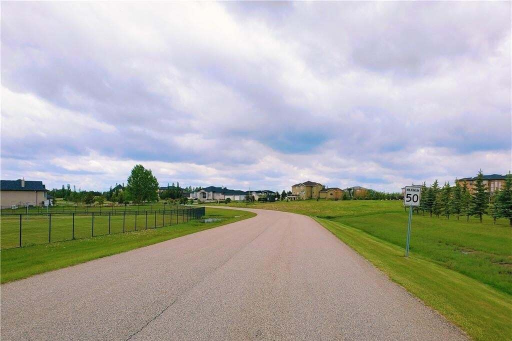 Residential property for sale at 4 Trinity Rd Cambridge Park, Rural Rocky View County Alberta - MLS: C4303390