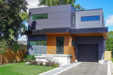 House for sale at 4 Velma Dr Toronto Ontario - MLS: W4957868
