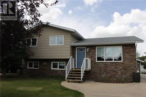 House for sale at 4 Wiebe Cres Weyburn Saskatchewan - MLS: SK765952