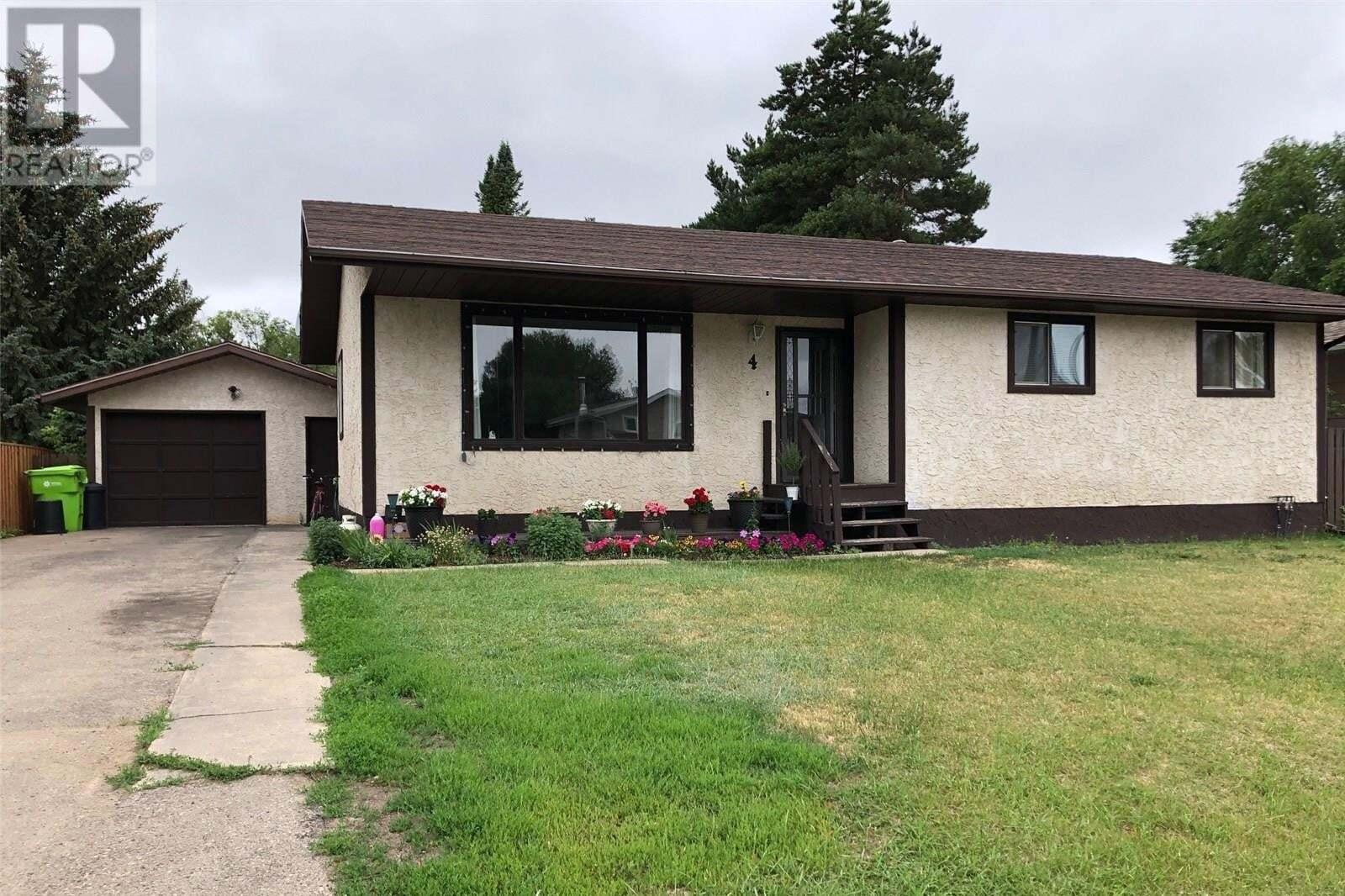 House for sale at 4 Willow Cres Fort Qu'appelle Saskatchewan - MLS: SK818753