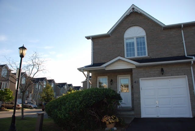 For Sale: 40 - 1345 Altona Road, Pickering, ON | 3 Bed, 3 Bath Townhouse for $525,000. See 12 photos!